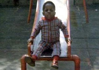 The Notorious B.I.G rhyming on camera at 13 yrs old and 17 yrs old